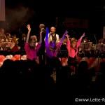 Jeroen Romijn en de dansers van Delicious - I can get no Satisfaction (Rolling Stones)