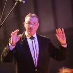 Excelsior's dirigent Hans van Hees.