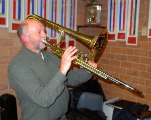 Ton Jansen bespeelde tijdens de Generale voor het eerst zijn nieuwe ventieltrombone. Helaas was het van korte duur, want het instrument bleek verkeerd gestemd.
